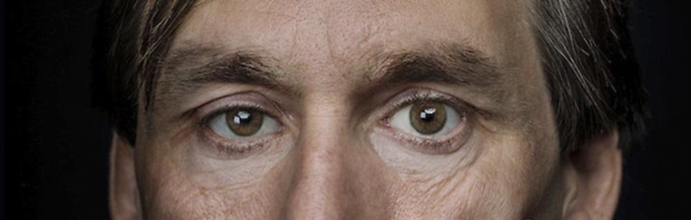 Эрика Вайхенмайера - единственный слепой который смог покорить Эверест, а также выполнил программу «Семь вершин».